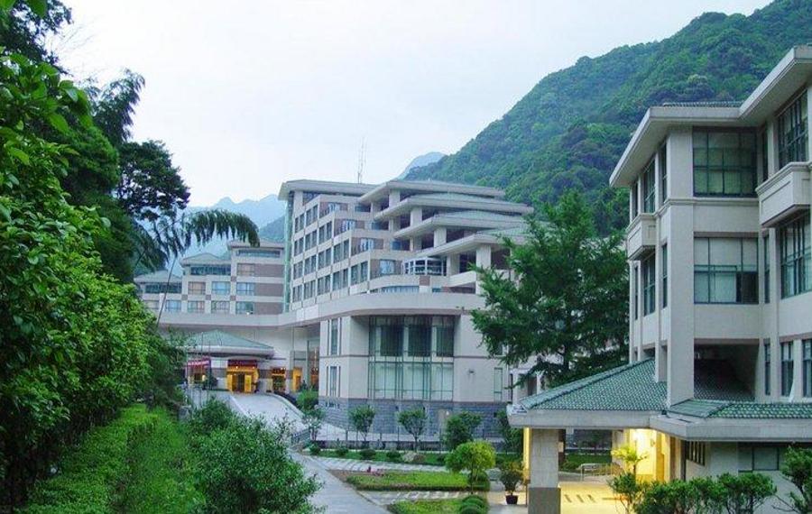 宁海天明山温泉大酒店