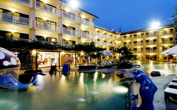Thara Patong Beach Resort & Spa Phuket (普吉岛塔拉芭东海滩Spa度假酒店)