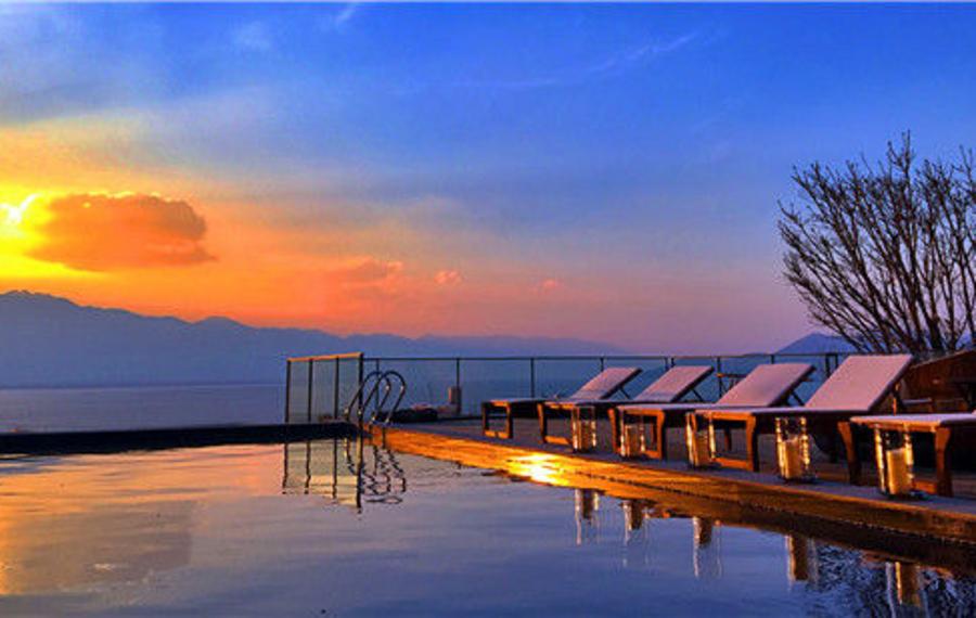 大理隐居洱海影像主题别墅酒店