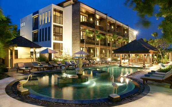 The Seminyak Beach Resort & Spa (水明漾海滩度假酒店)