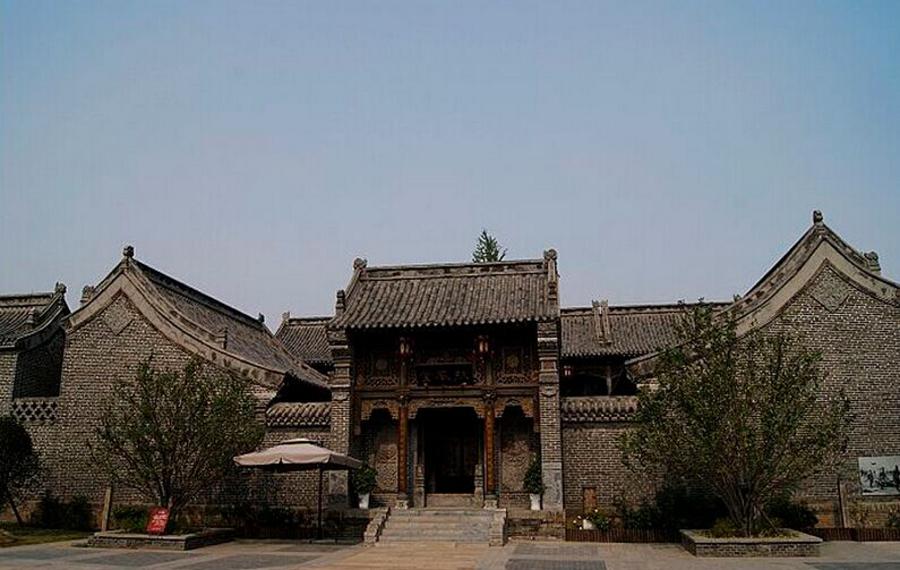 台儿庄古城万府酒店(扶风堂)