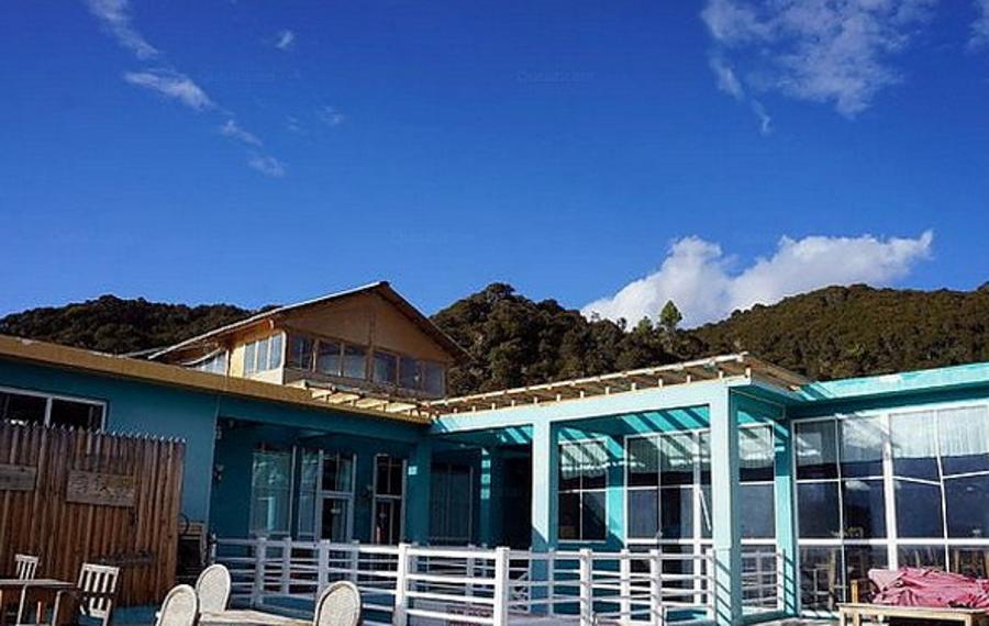 德钦季候鸟雪山旅馆