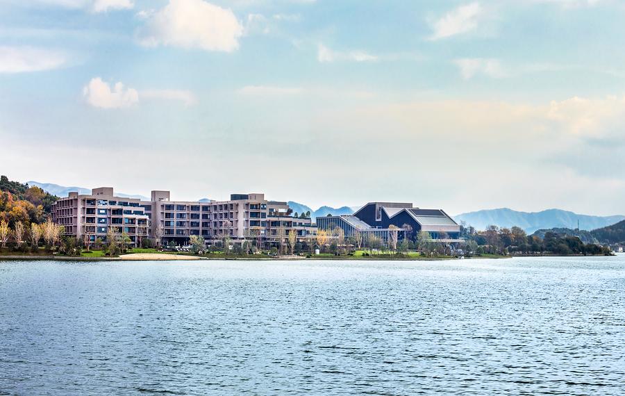 宁波东钱湖华茂希尔顿度假酒店