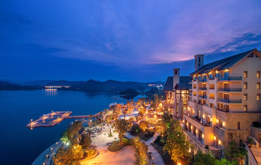 千岛湖滨江希尔顿度假酒店
