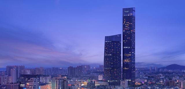镇江苏宁凯悦酒店