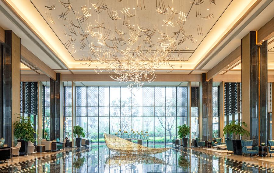 平湖卓越铂尔曼酒店