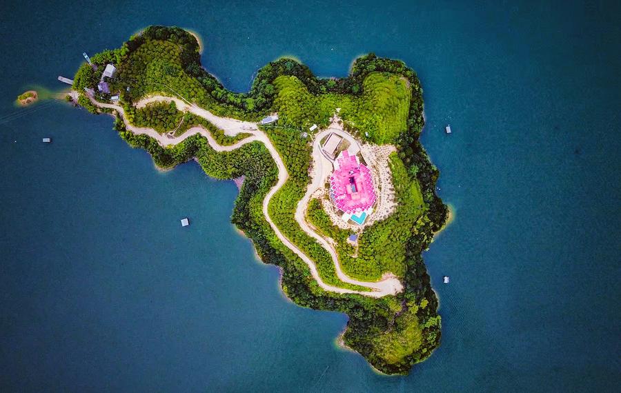 丽水蔷薇城堡酒店