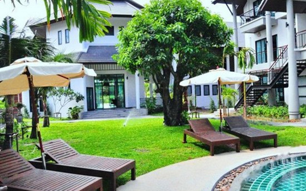 Navatara Phuket Resort (普吉岛那瓦塔拉度假酒店)