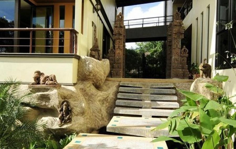 Poppa Palace Hotel Phuket (普吉岛坡帕宫酒店)
