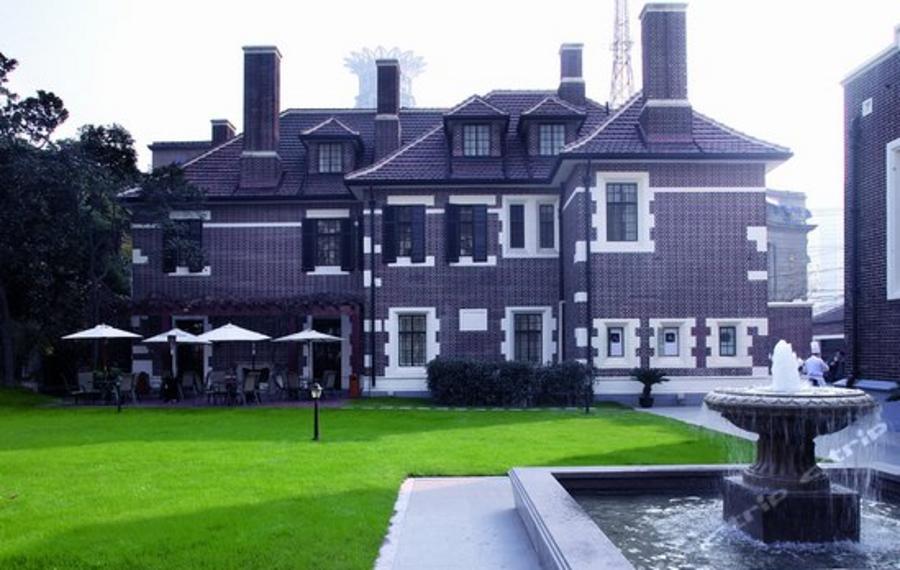 上海外滩花园酒店
