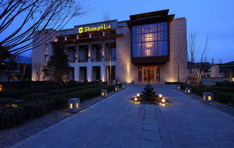 拉萨香格里拉大酒店