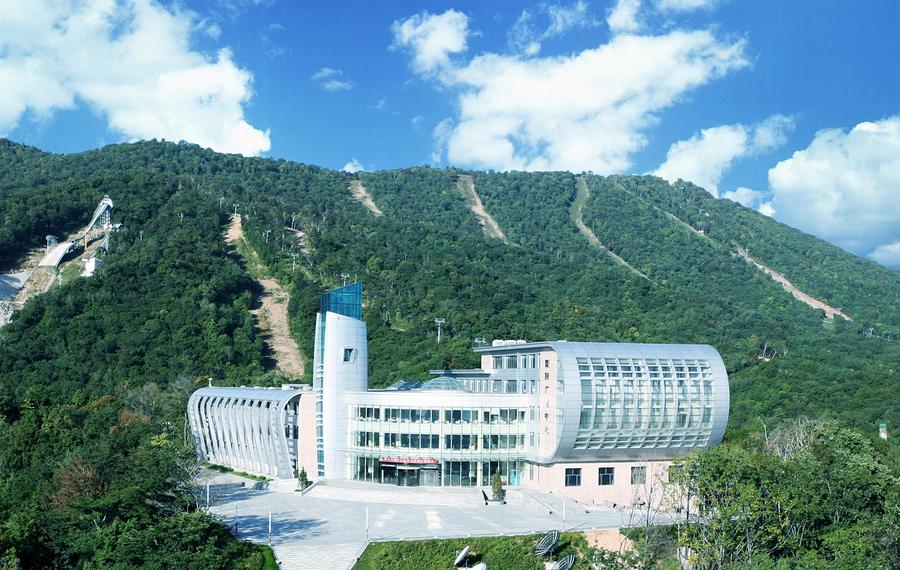亚布力广电国际酒店