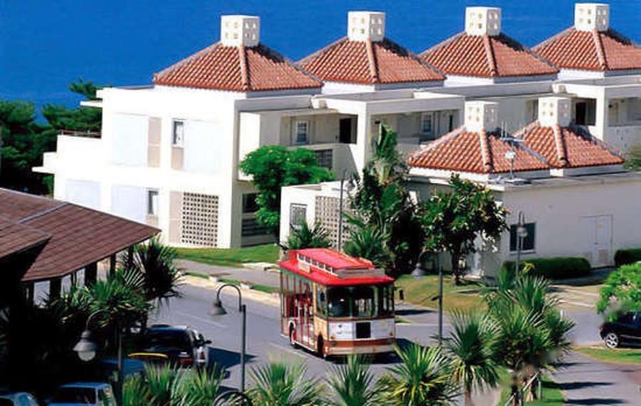 Kanucha Bay Hotel & Villas(卡努查海湾别墅酒店)