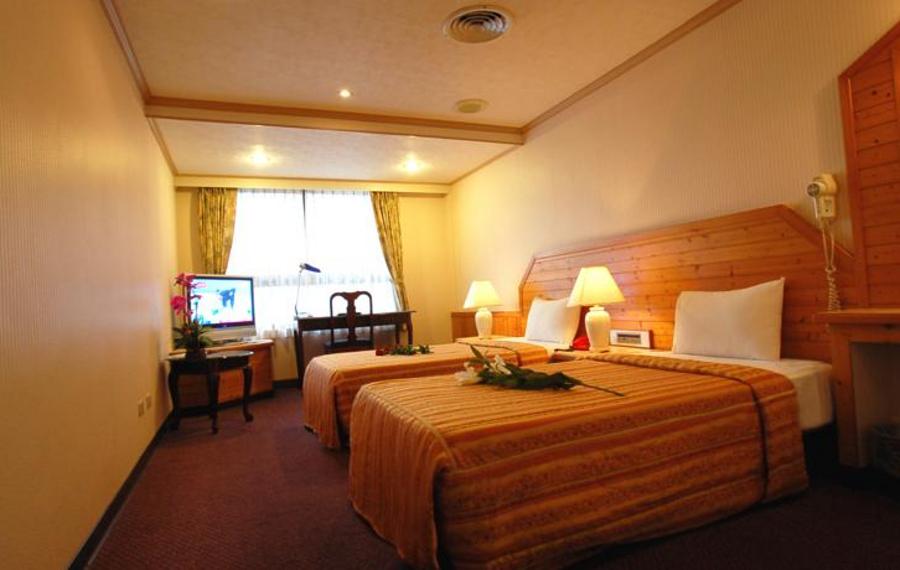 桃园中坜桂冠商务旅店(Laurel    Hotel)