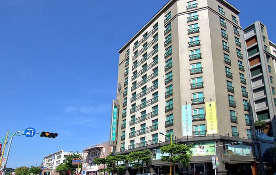 花莲蓝天丽池饭店(AZURE HOTEL - HUALIEN CITY)