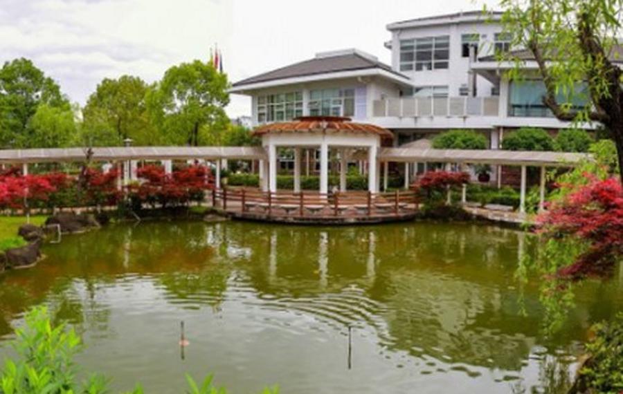 武夷山望峰花园酒店