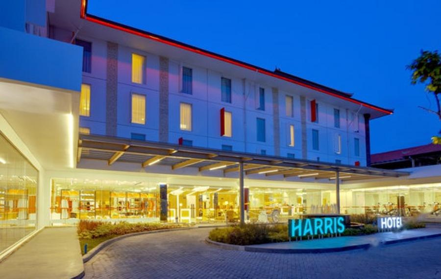 巴厘岛哈里斯克洛阿米诺托酒店