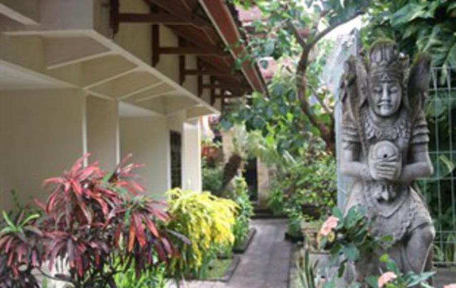 巴厘岛塞米亚克天堂酒店