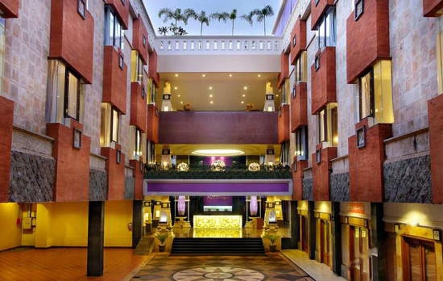 巴厘岛阿斯顿图班酒店