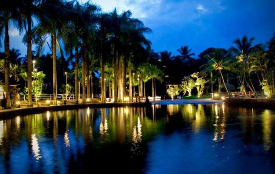 Elephant Safari Park Lodge Hotel Bali(巴厘岛大象公园酒店)