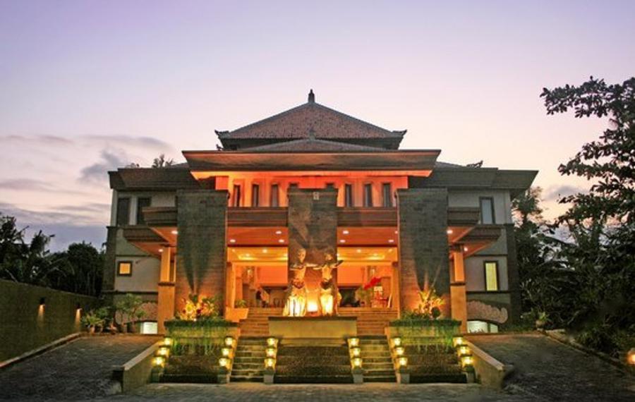 巴厘佩拉吉温泉酒店