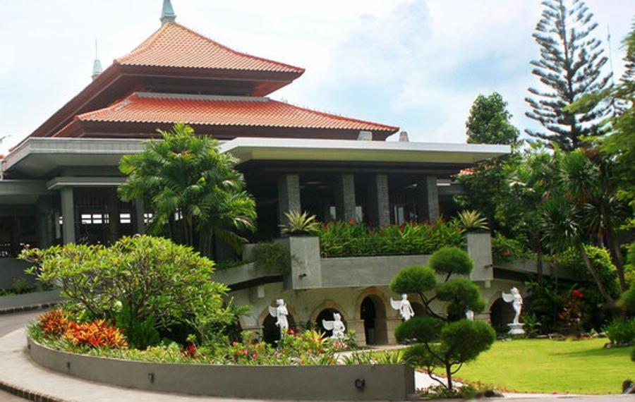 巴厘岛王朝度假酒店