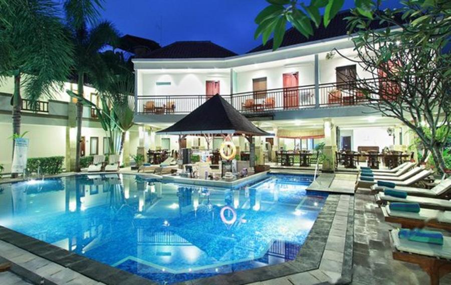 巴厘岛利基酒店