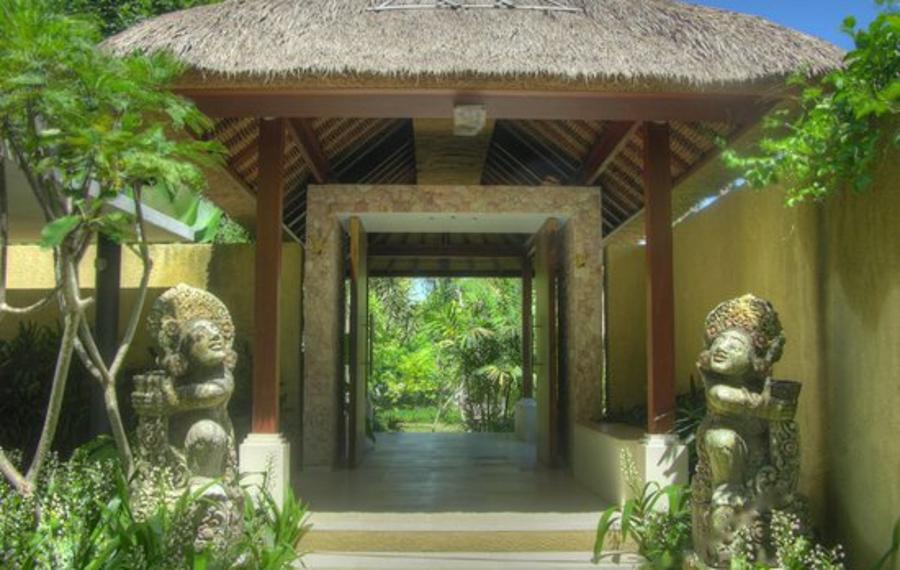 巴厘岛萨班达里别墅酒店