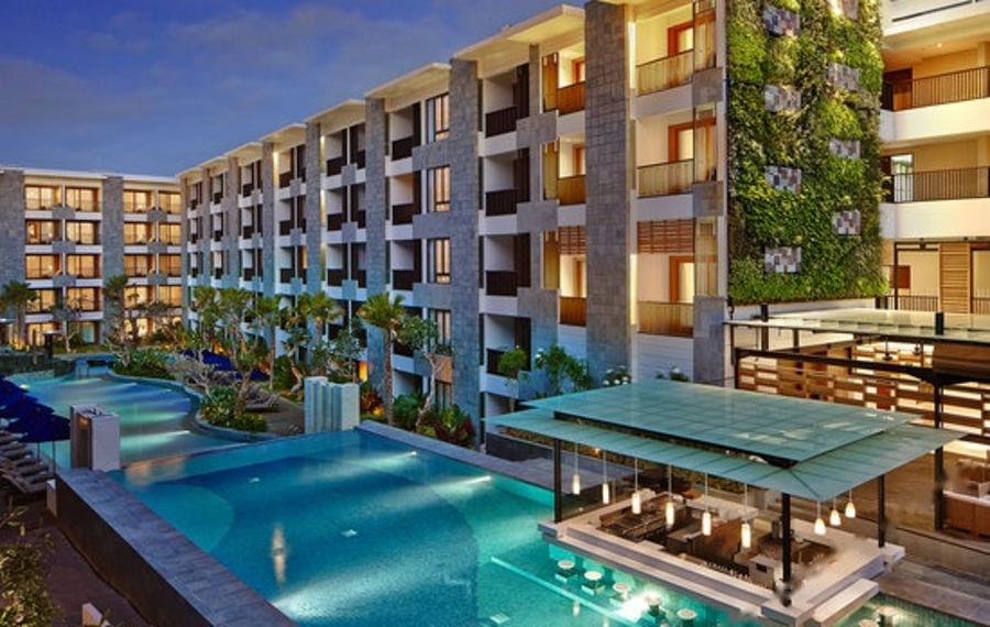 巴厘岛水明漾万怡酒店
