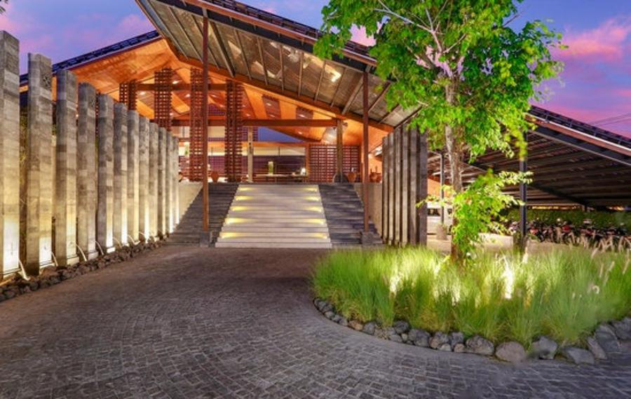 巴厘岛圣泰别墅酒店