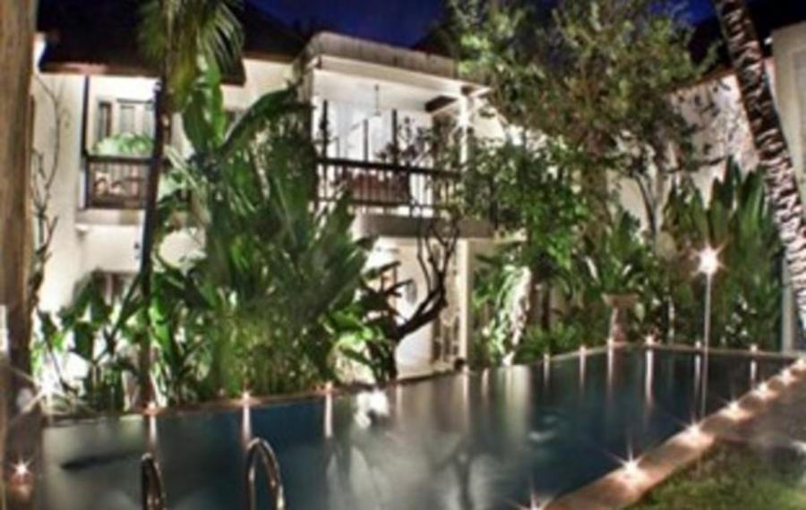 Abian Biu Mansion Bali (巴厘岛阿维安彪大厦)