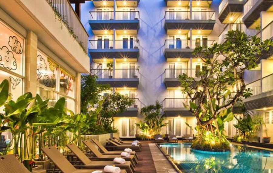 巴厘岛库塔艾登酒店