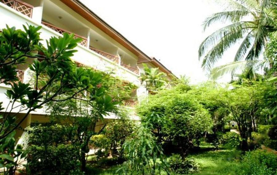 苏梅岛查汶巨浪酒店