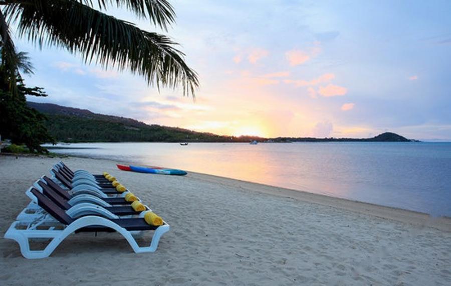 苏梅岛椰子海滩中心度假酒店