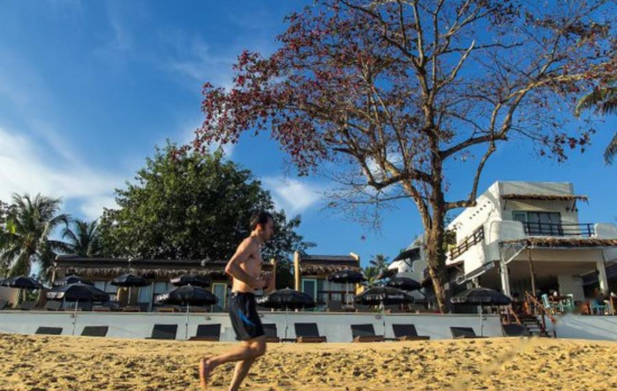 苏梅岛海滩吊床度假酒店