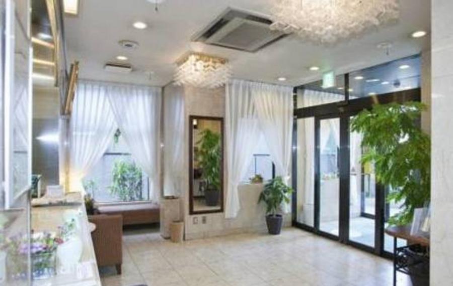 Kishibe Station Hotel(岸部站酒店)                又名:Kishibe Station Hotel(岸边站酒店)
