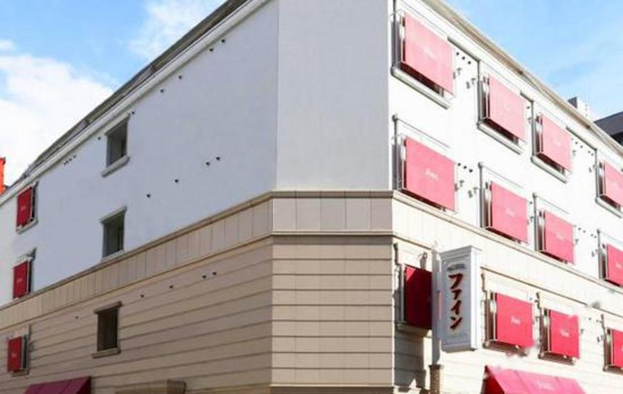 大阪十三精品花园情侣酒店