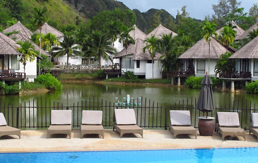 Peace Laguna Resort And Spa Krabi (甲米宁静湖度假村及水疗中心)