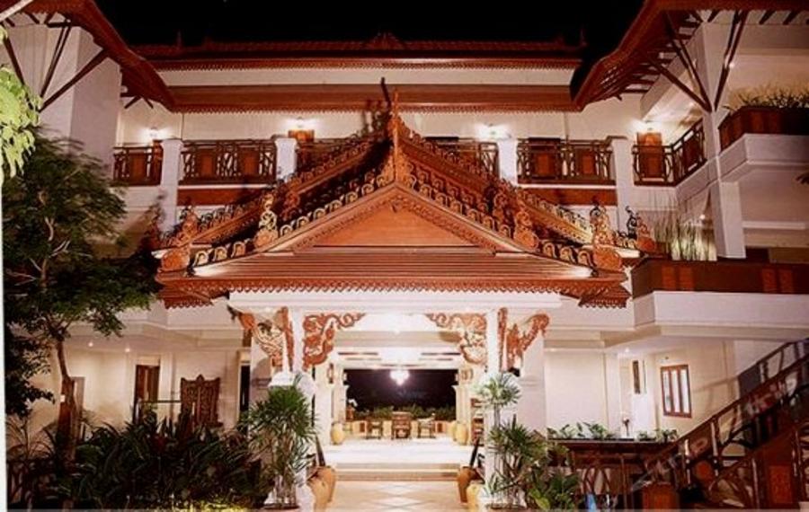 甲米安雅维奥南海湾度假酒店