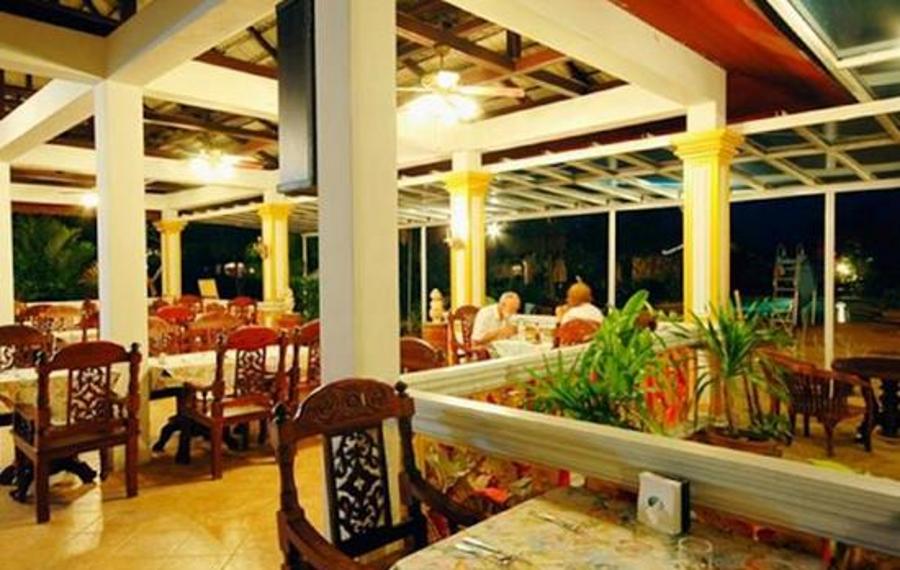 兰塔岛假日别墅酒店