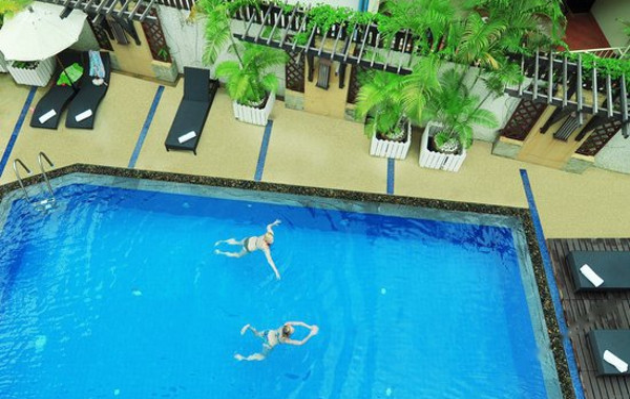 普吉岛拉达纳海滩酒店