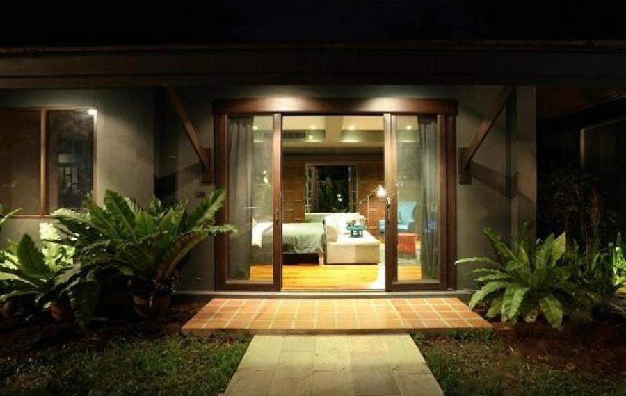 X2 Phuket Oasis Villa (普吉岛X2绿洲别墅酒店)