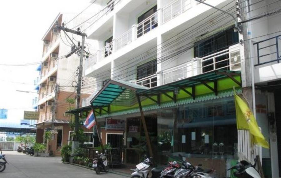 Triple Rund Place Phuket (普吉岛三环广场酒店)