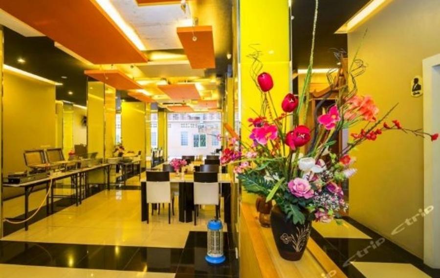 The Allano Phuket Hotel (普吉岛阿拉诺酒店)