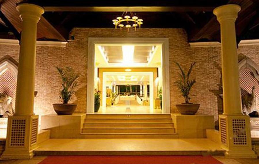 普吉岛蒂瓦娜芭东温泉度假酒店