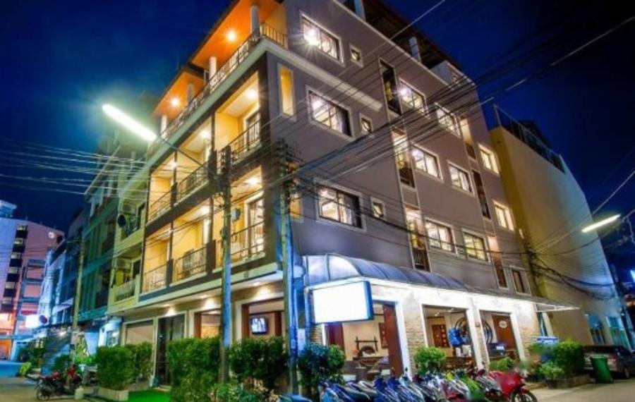 Paradise Hotel Phuket (普吉岛天堂酒店)