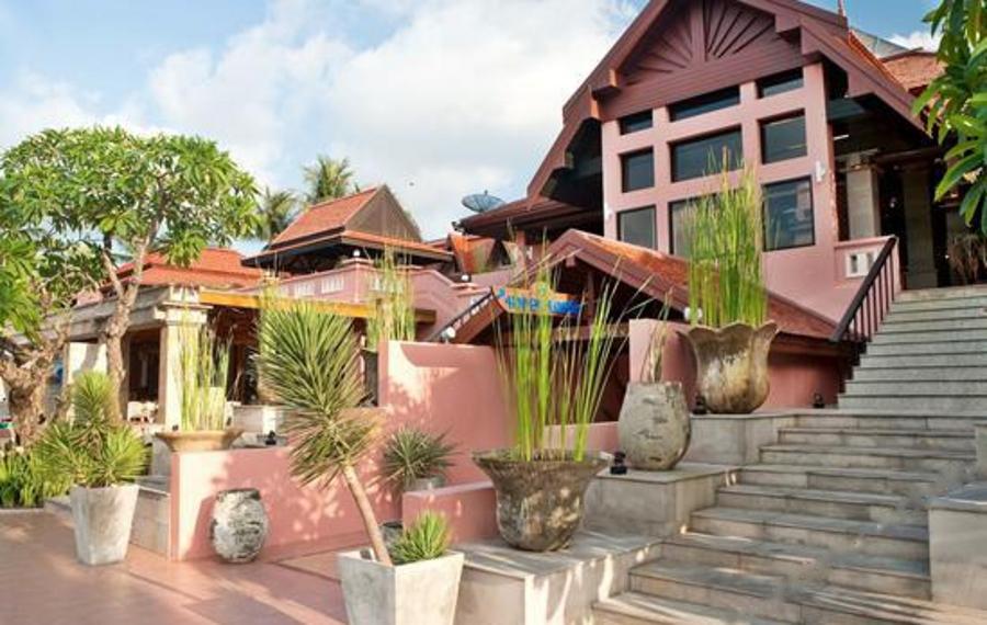 Seaview Patong Hotel Phuket (普吉岛芭东海景酒店)