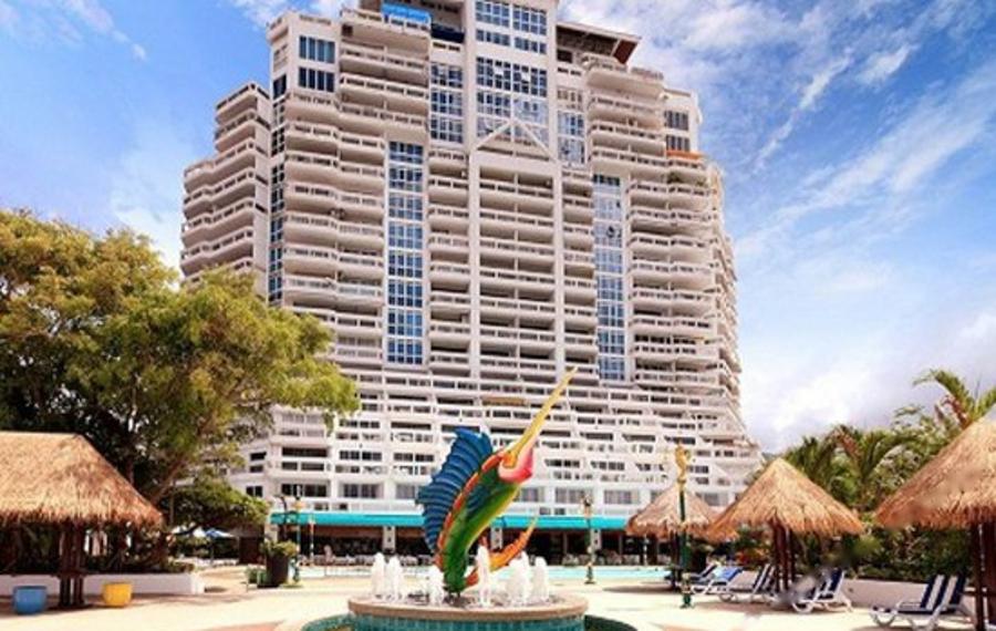 Andaman Beach Suites Hotel (普吉岛安达曼海滩套房酒店)