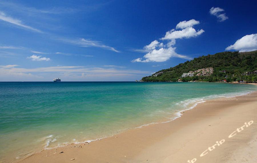 普吉岛蓝色海域度假村