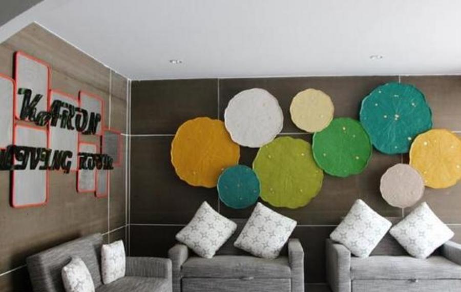 Karon Living Room Hotel(卡隆小屋旅社)                又名:Karon Living Room(卡伦生活空间酒店)
